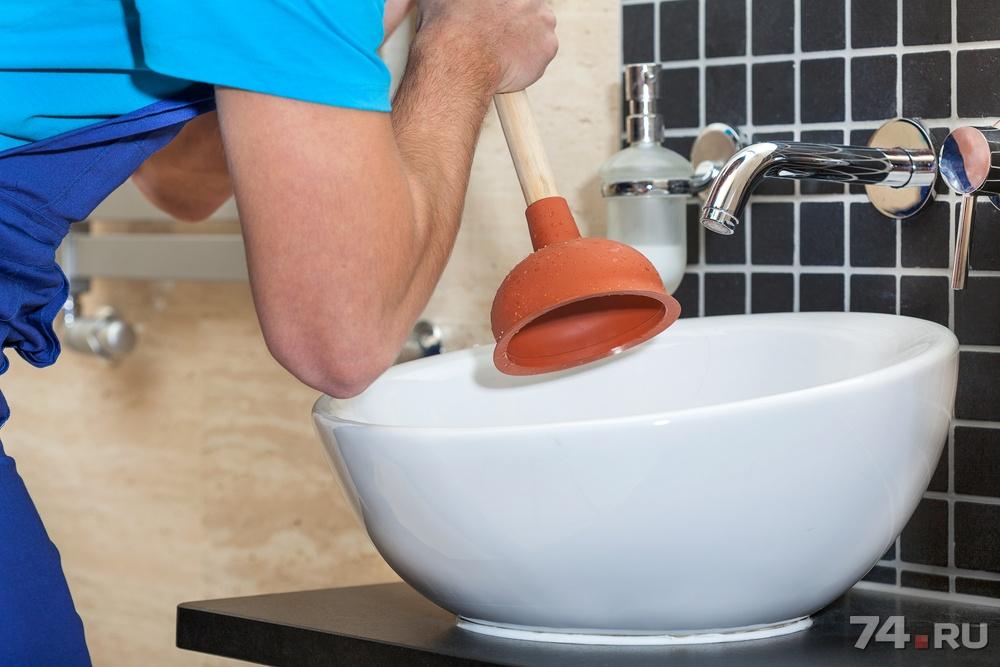 Как почистить засор в раковине в домашних условиях