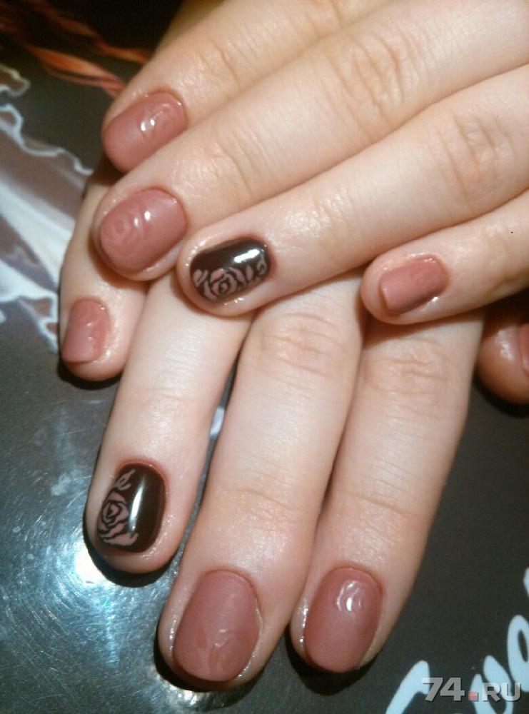Наращивание ногтей на типсы гелем с блестками