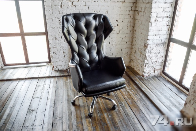 кожаное кресло менталист фабрика мебели Capitone Room фото цена