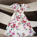 Абсолютно новое легкое шифоновое платье с этикетк, Челябинск