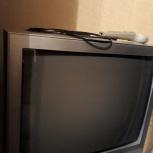 Продам телевизор+подвесная полка в подарок, Челябинск